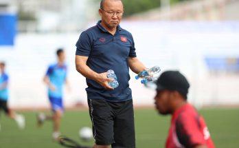 HLV Park Hang Seo cư xử đẹp khiến người hâm mộ thán phục